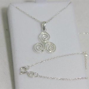 The Shepherd's Knot Jewelry - New Sterling Silver Irish Triskelion Necklace